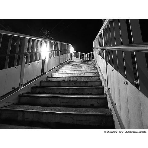 札幌市立幌北小学校の歩道橋